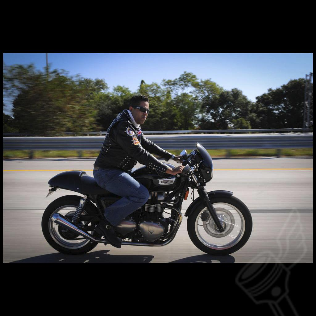 Loco (caferacer67)